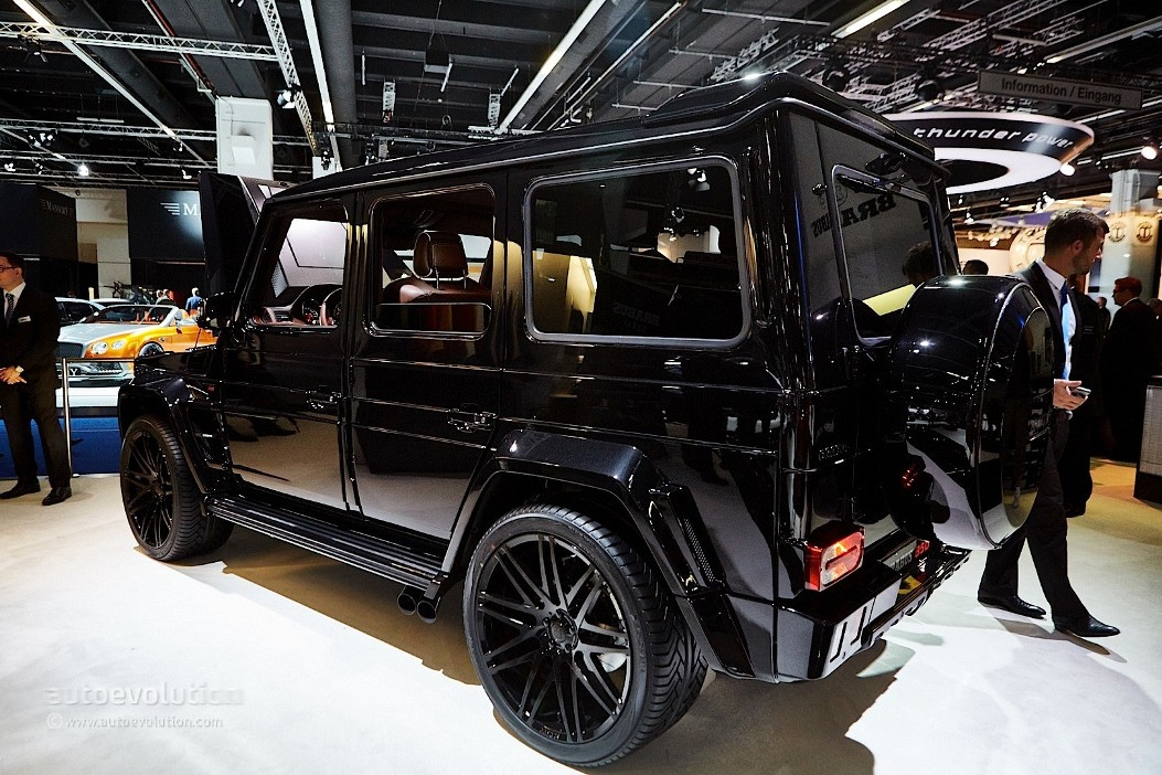 brabus tunes mercedes g500 4x4 and g63 amg benzinsider. Black Bedroom Furniture Sets. Home Design Ideas
