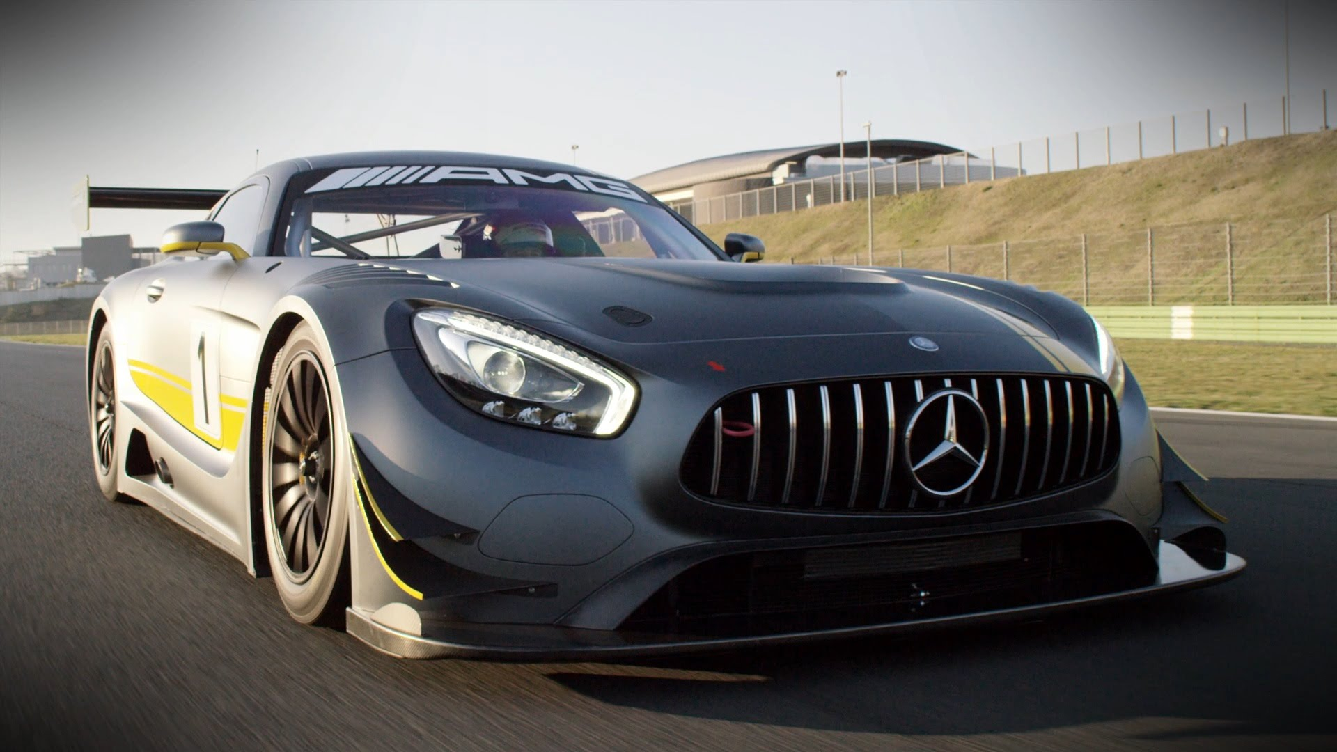 New mercedes benz amg gt3 ready to run for Mercedes benz glk amg