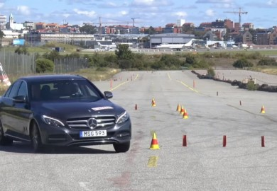 Mercedes-Benz C350e Failed Swedish Moose Test
