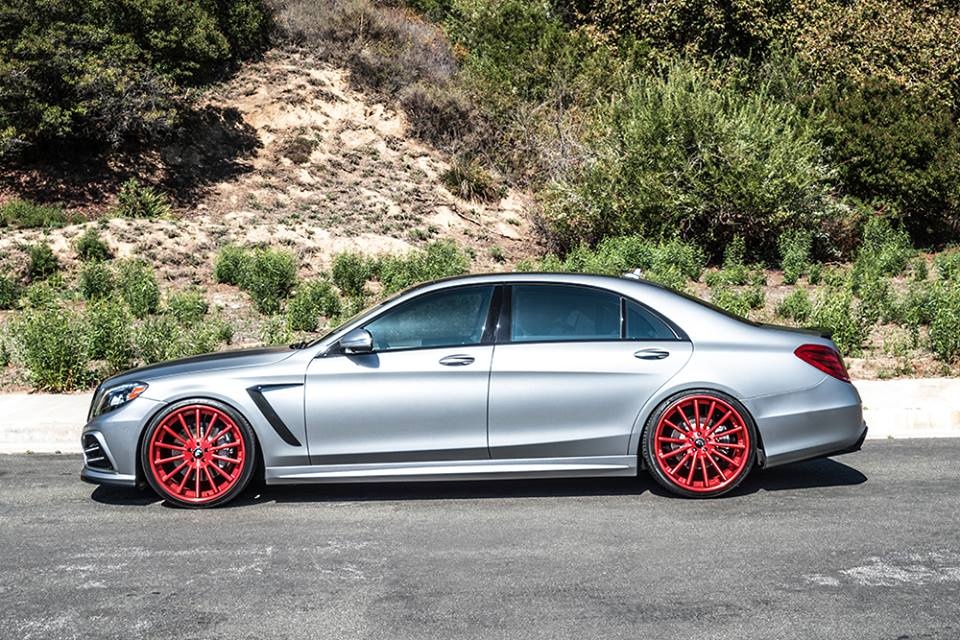 Forgiato wheels tunes mercedes benz s550 for Red mercedes benz power wheels