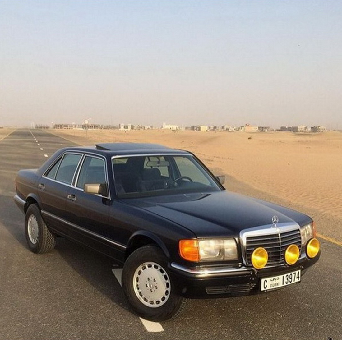 This 1991 mercedes benz 300 se is built for the desert for 1991 mercedes benz