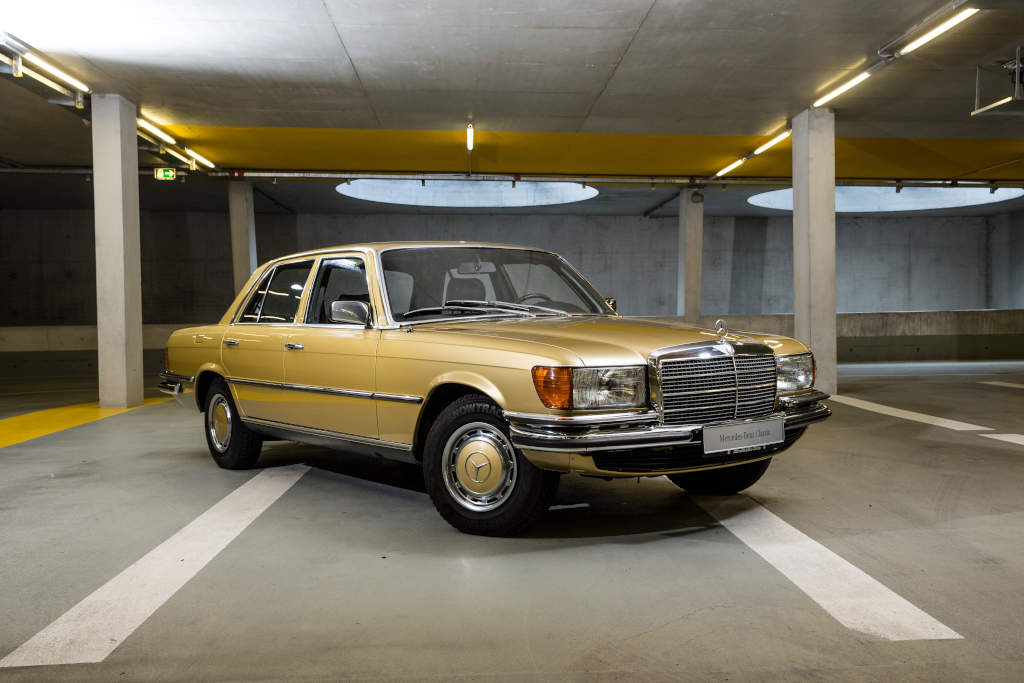 Mercedes benz selling classic cars directly to customers for Vintage mercedes benz