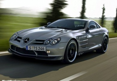 Next Mercedes-Benz SLR May Feature Hybrid Power
