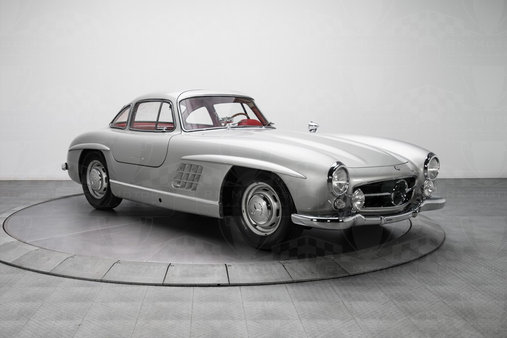 Record Set By 1954 Mercedes-Benz 300 SL Gullwing