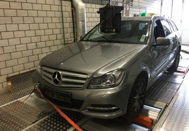 Mercedes-Benz C200 CDI Estate Emissions Higher Than Limit - German Lobby Group