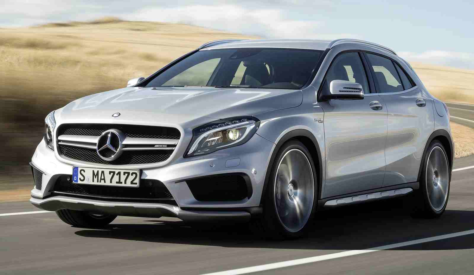2016 mercedes benz gla gets infotainment system upgrade. Black Bedroom Furniture Sets. Home Design Ideas