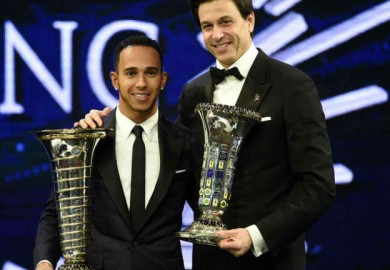 mercedes f1 team boss and hamilton with awards