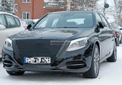 Face-Lifted Mercedes-Benz S-Class Caught On Camera