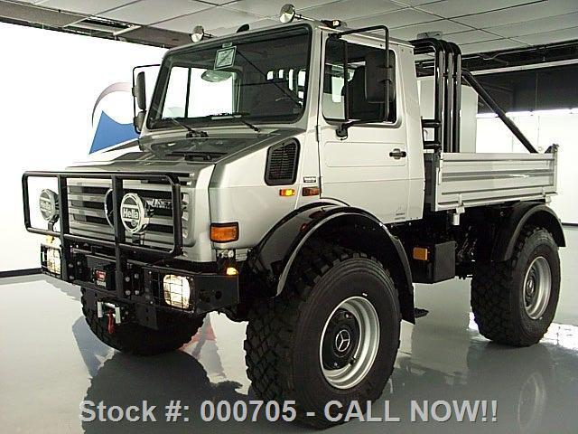 Arnold schwarzenegger 39 s mercedes unimog for sale in ebay for Mercedes benz unimog for sale usa