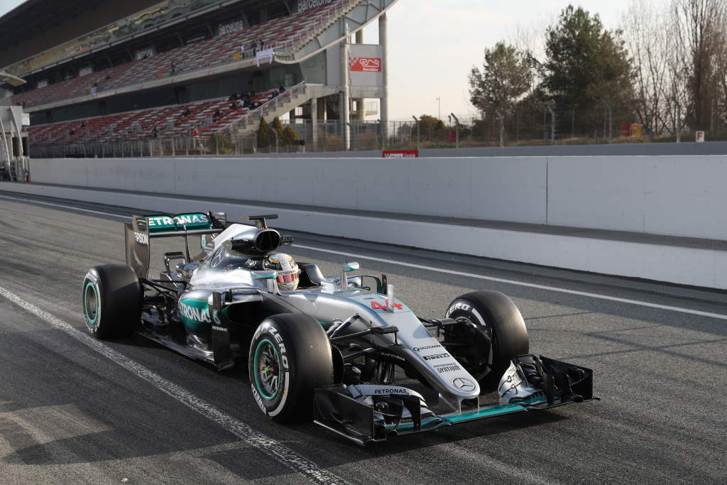 Mercedes drivers complete day 4 runs at barcelona testing for Mercedes benz petronas
