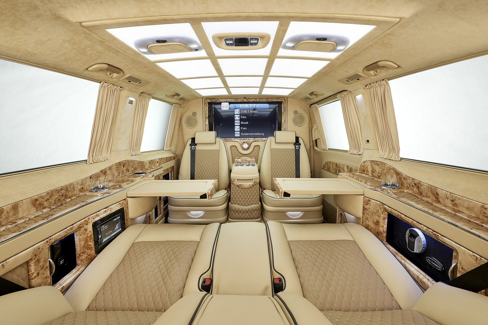 the larte design mercedes benz v class is revealed. Black Bedroom Furniture Sets. Home Design Ideas