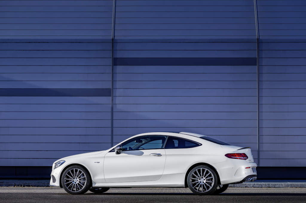 mercedes amg c 43 4matic coupe revealed. Black Bedroom Furniture Sets. Home Design Ideas