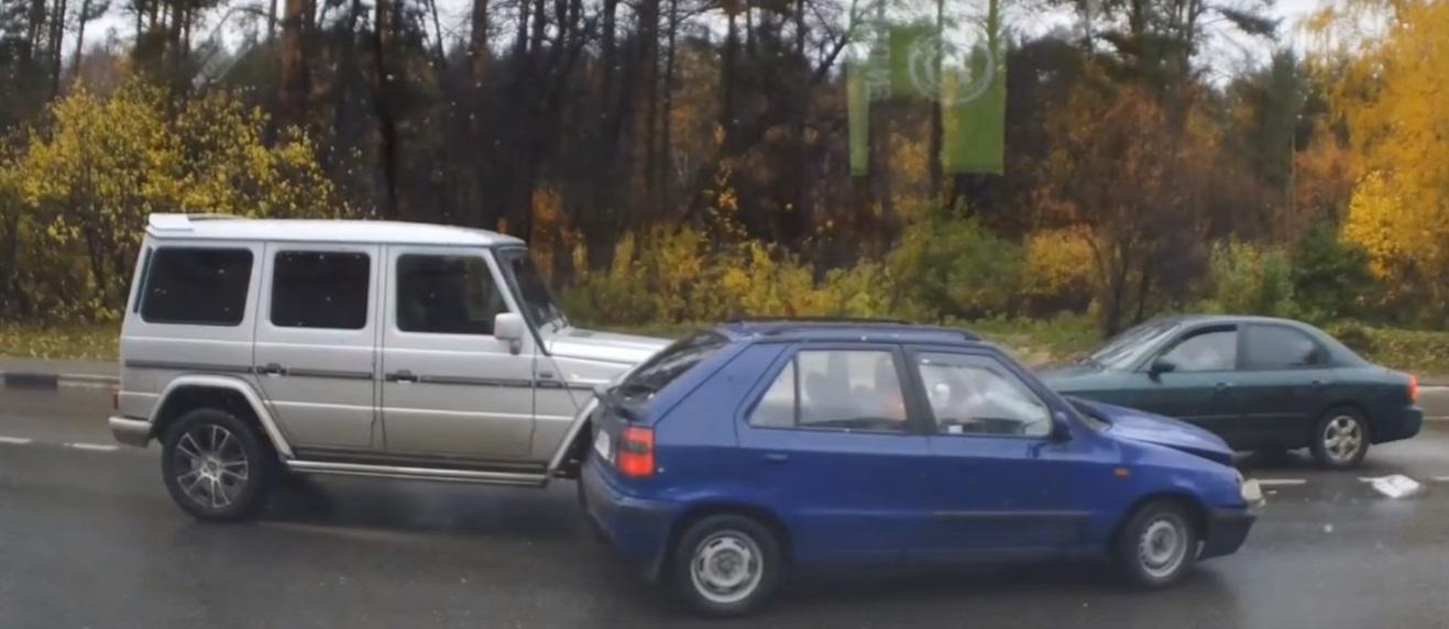 Mercedes Benz G Class Crash Compilation