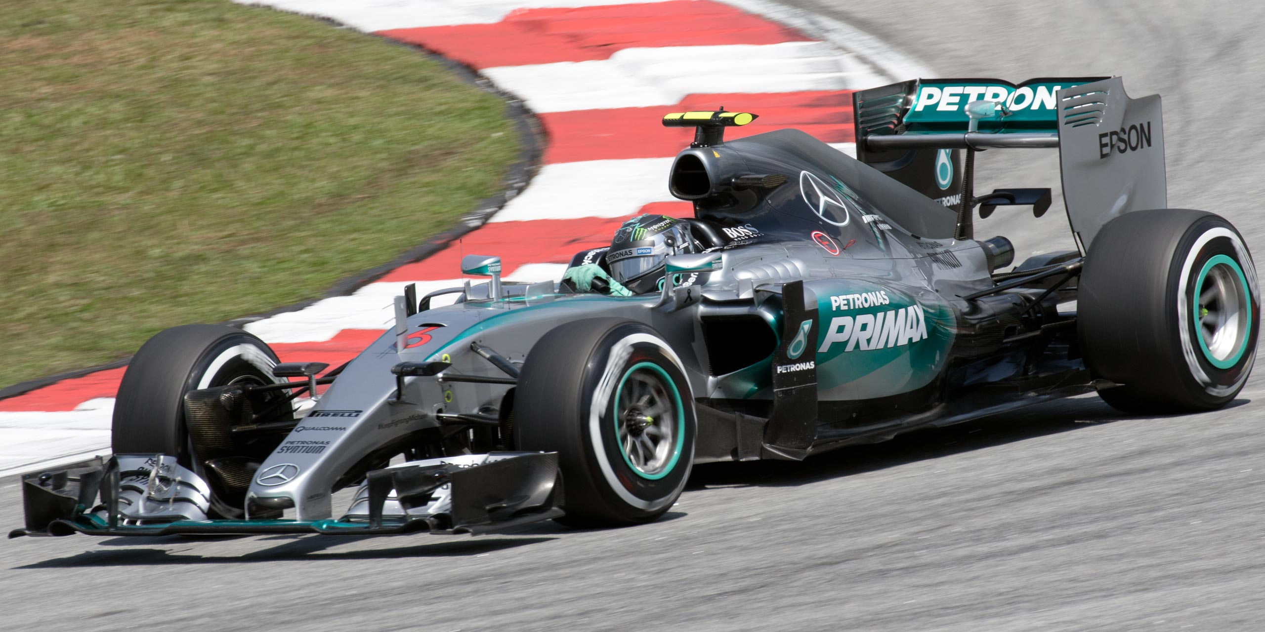 Mercedes f1 to unveil f1 w07 hybrid on february 22 for Mercedes benz f1