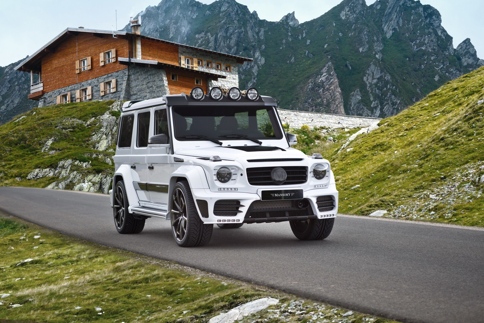 Mansory updates mercedes benz g63 amg gronos benzinsider for Mercedes benz g 63