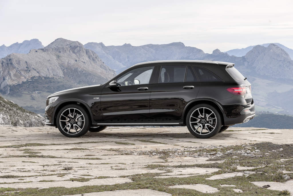here comes the new mercedes amg glc 43 4matic. Black Bedroom Furniture Sets. Home Design Ideas