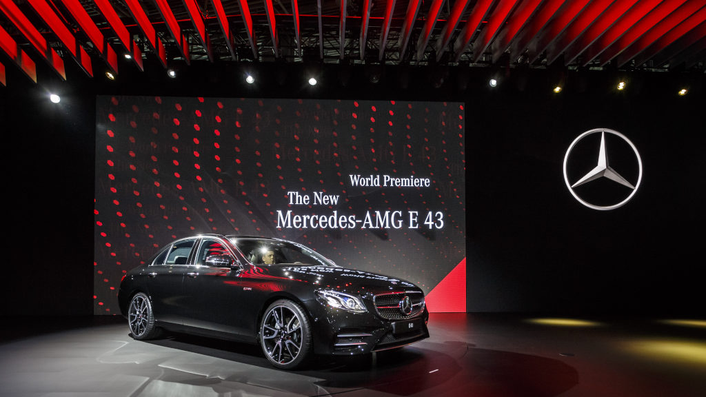 MercedesBenz At The New York International Auto Show - Mercedes benz car show
