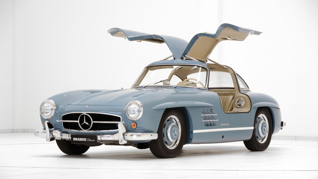Vintage mercedes benz units restored by brabus for Mercedes benz classic cars