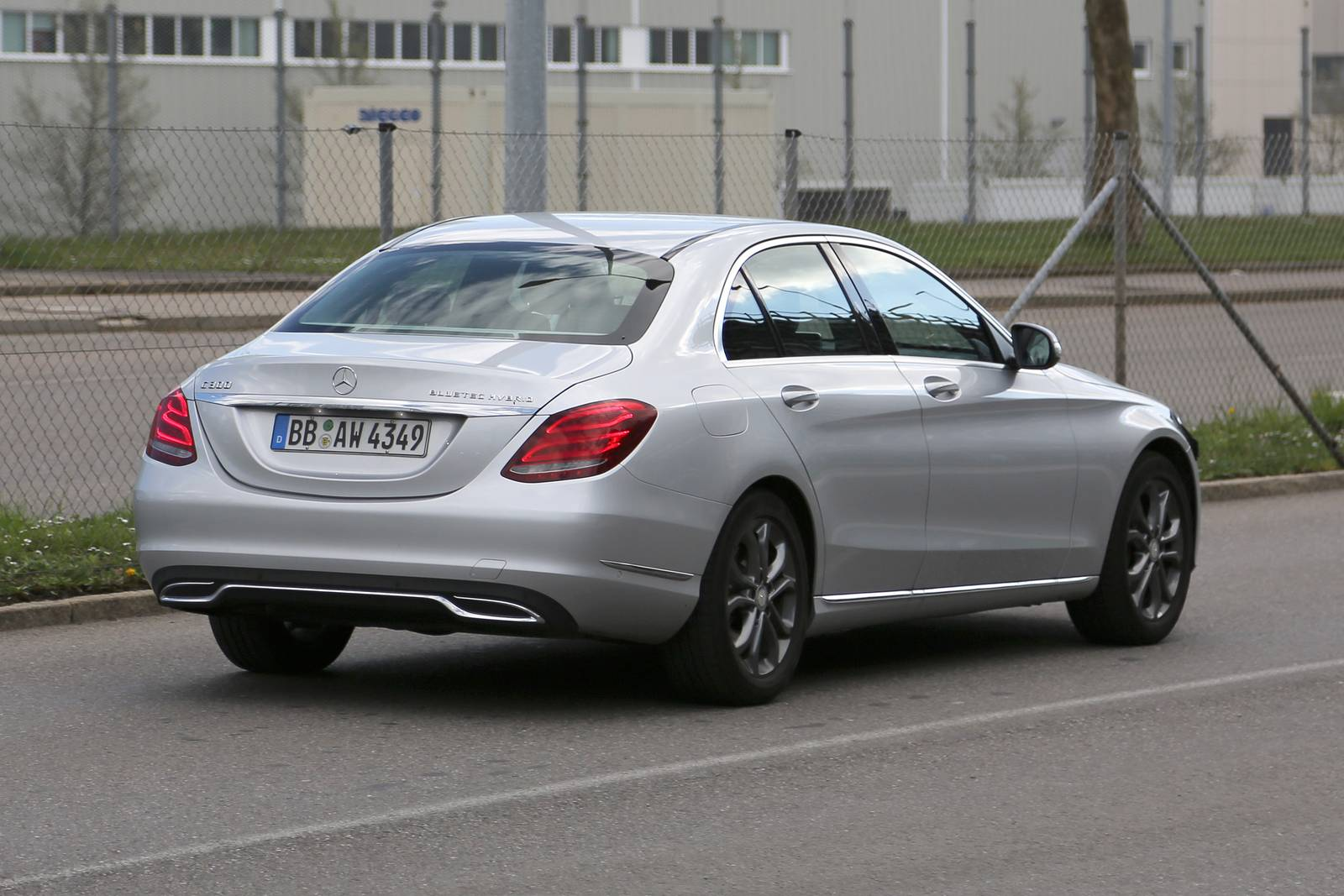 facelifted mercedes benz c class spied. Black Bedroom Furniture Sets. Home Design Ideas