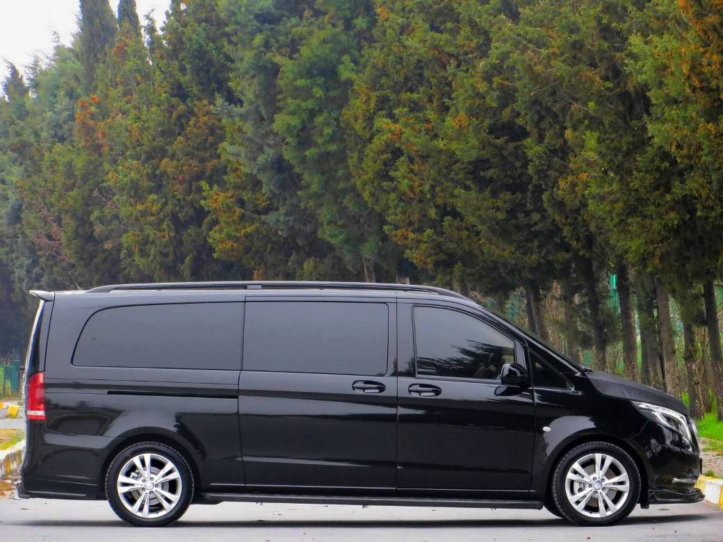 megabus tuned mercedes benz vito tourer extralang available for a small fortune benzinsider. Black Bedroom Furniture Sets. Home Design Ideas