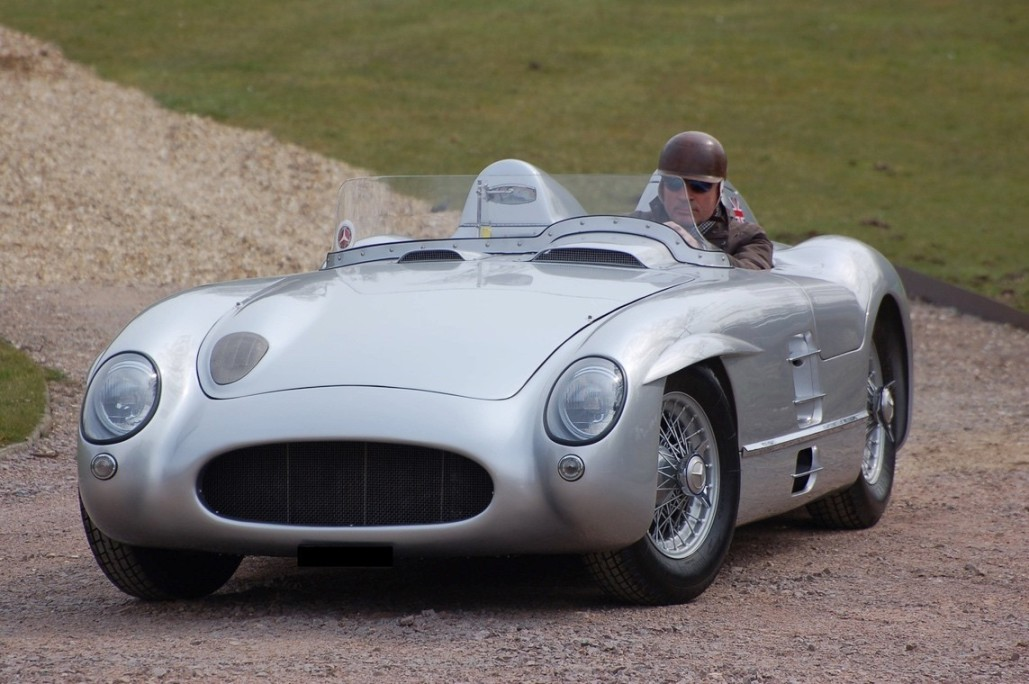 Recreated Mercedes-Benz 300 SLR Set To Be Auctioned