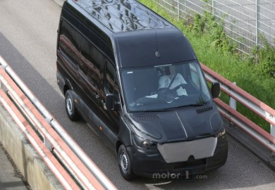 Mercedes-Benz Sprinter Mule Spotted