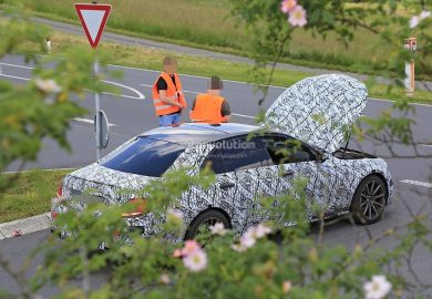 Prototype Of Upcoming 2017 Mercedes-AMG E63 Stranded On German Road