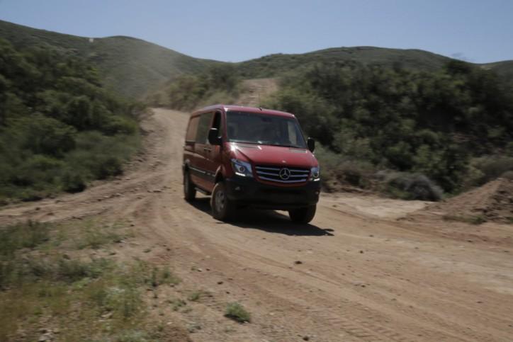 Mercedes-Benz-Spinter Crew 4x4 Van