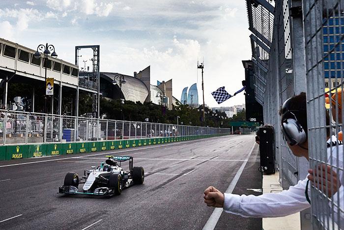 Mercedes-F1-Nico-Rosberg-wins-2016-European-GP
