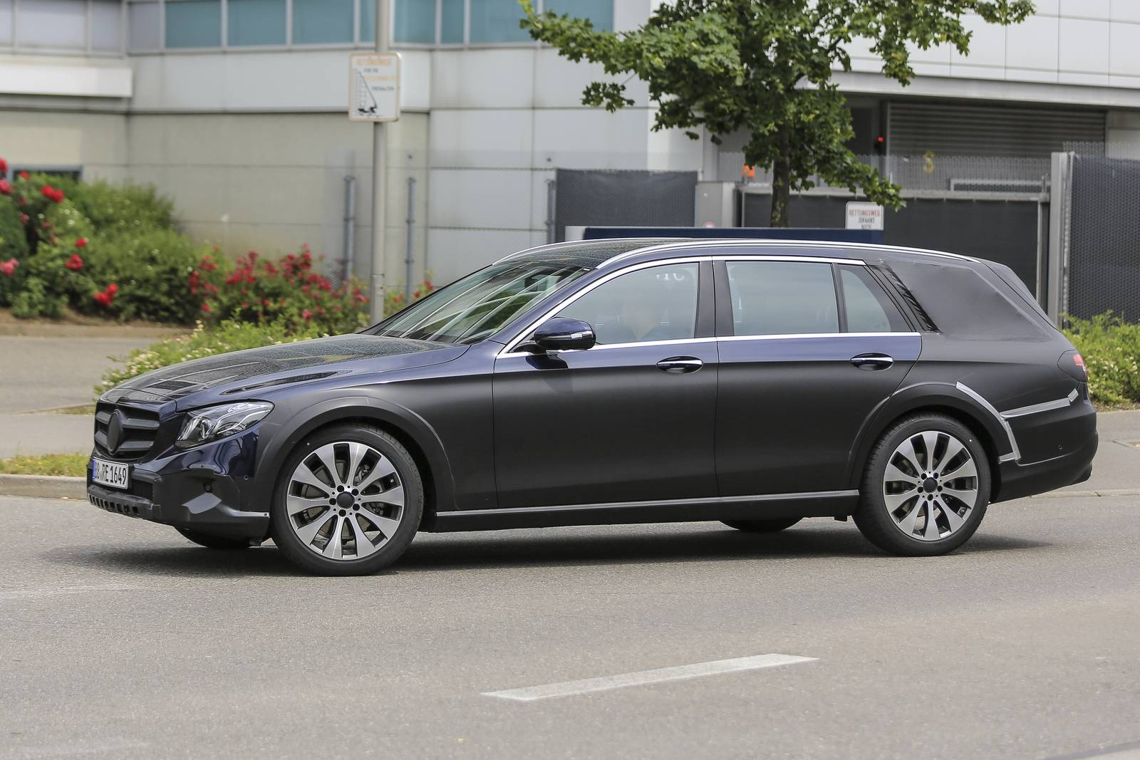 2018 mercedes benz e class estate will have all terrain model for Mercedes benz e class models