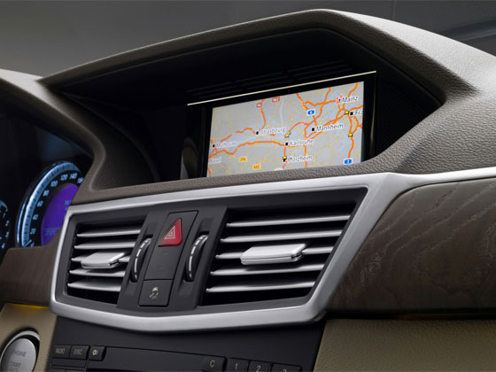 Updating maps mercedes benz gps