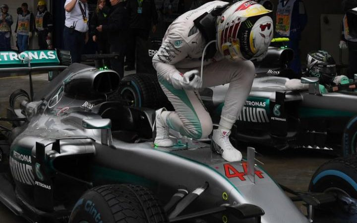 Lewis Hamilton wins 2016 Brazilian Grand Prix