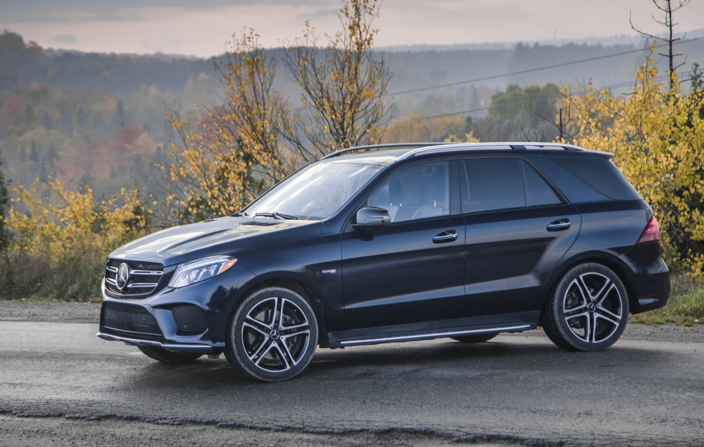 top 5 things you should know about the 2017 mercedes amg gle 43. Black Bedroom Furniture Sets. Home Design Ideas