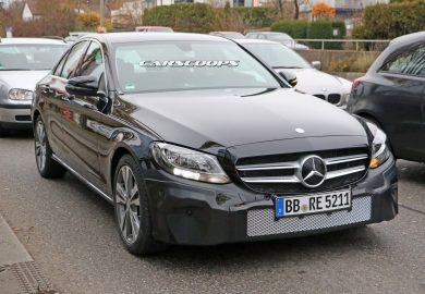 Mercedes-Benz C-Class (1)