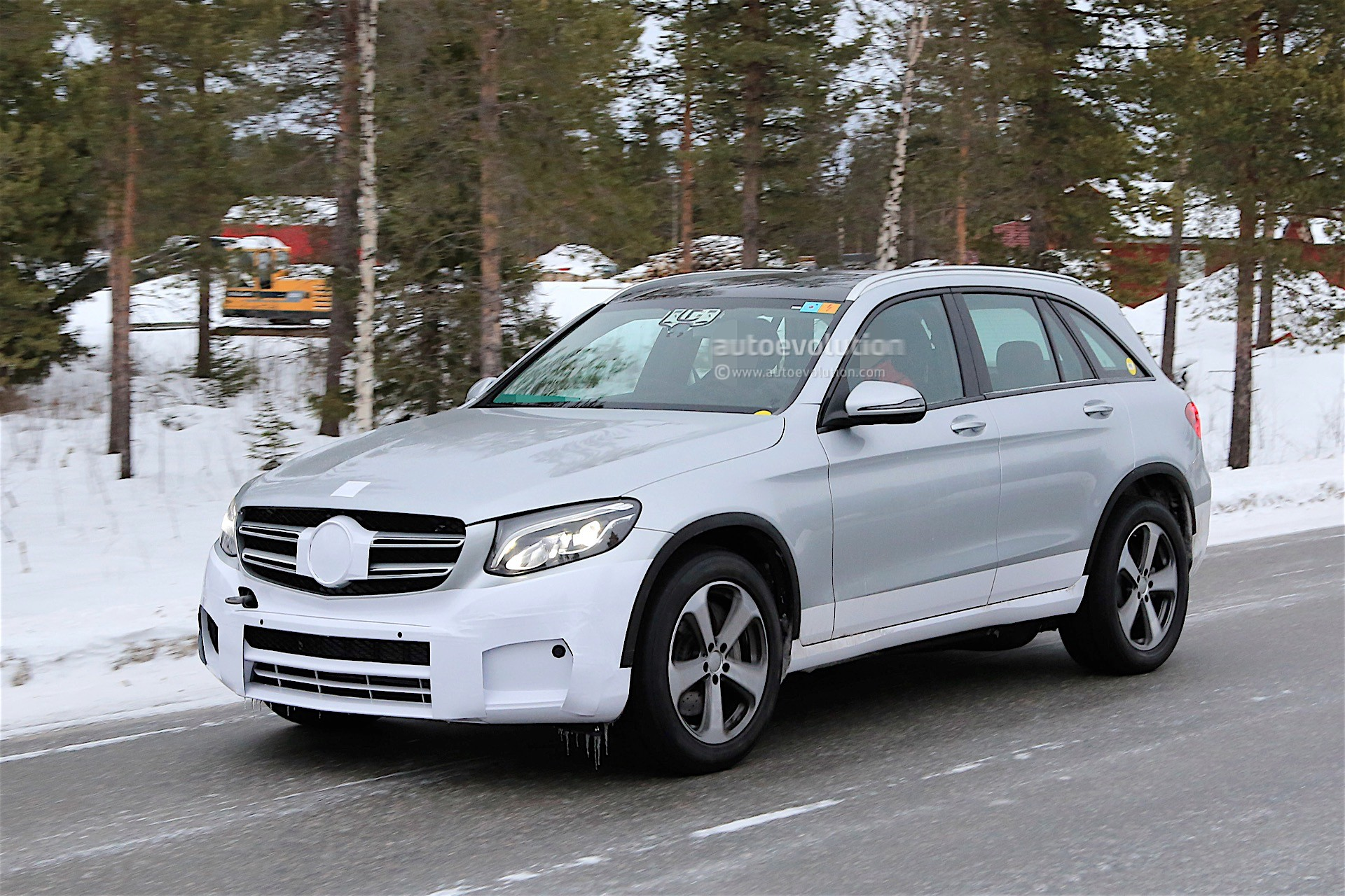 Top 3 expectations from the new mercedes benz electric suv for Best mercedes benz suv