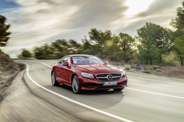 Mercedes-Benz E-Klasse Coupé; 2016; Exterieur: designo hyazinthrot metallic, AVANTGARDE ; Mercedes-Benz E-Class Coupé; 2016; exterior: designo hyacinth red metallic, AVANTGARDE;