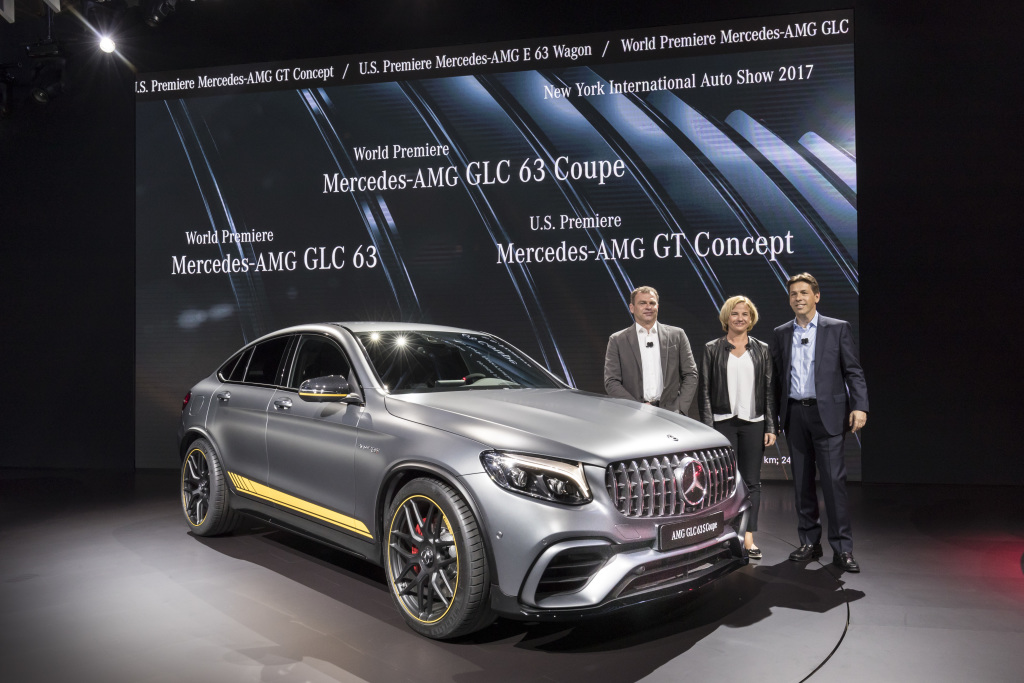 A look at mercedes benz during the 2017 new york auto show for Mercedes benz nyc