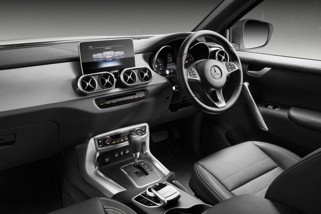 Mercedes benz x klasse power interieur for Interieur mercedes classe b