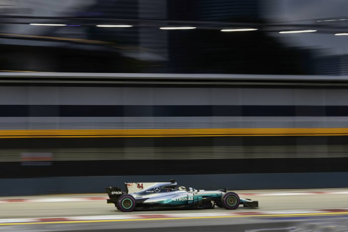 Vettel takes pole as Hamilton finishes 5th: Singapore GP qualifying