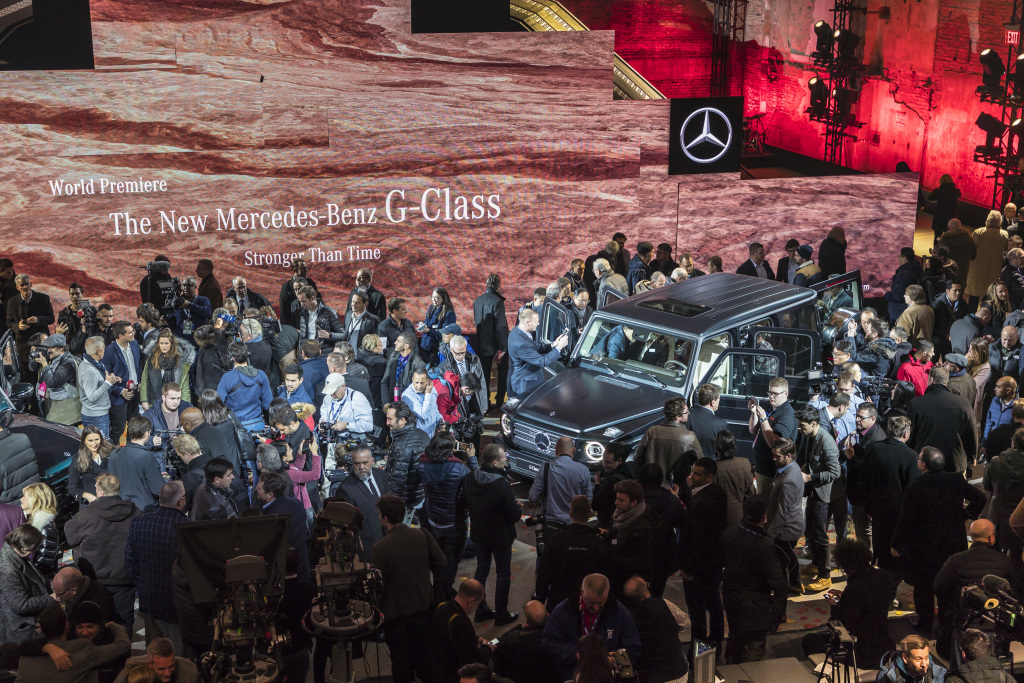 Mercedes benz fans taable note for Mercedes benz fans