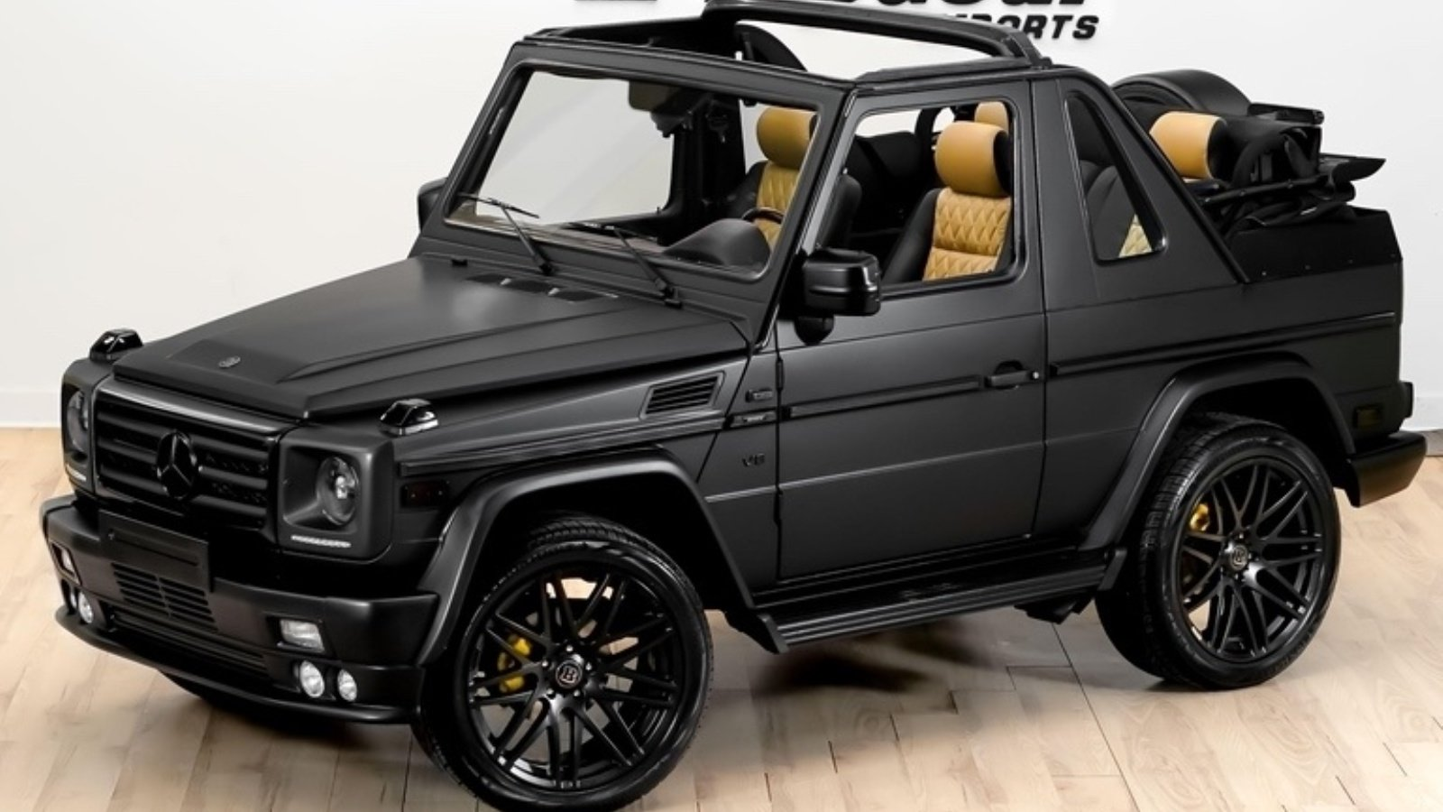 Feast your eyes on the mercedes benz g500 convertible for Mercedes benz g class cabriolet