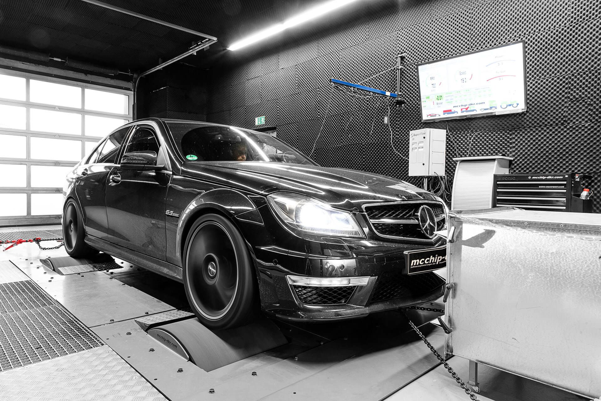 McChip-DKR Tuning Package for the Old Mercedes-AMG C63 is
