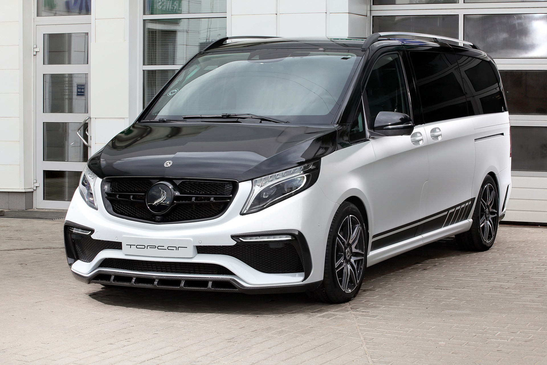 topcar revamps the exterior styling of the mercedes benz v class. Black Bedroom Furniture Sets. Home Design Ideas