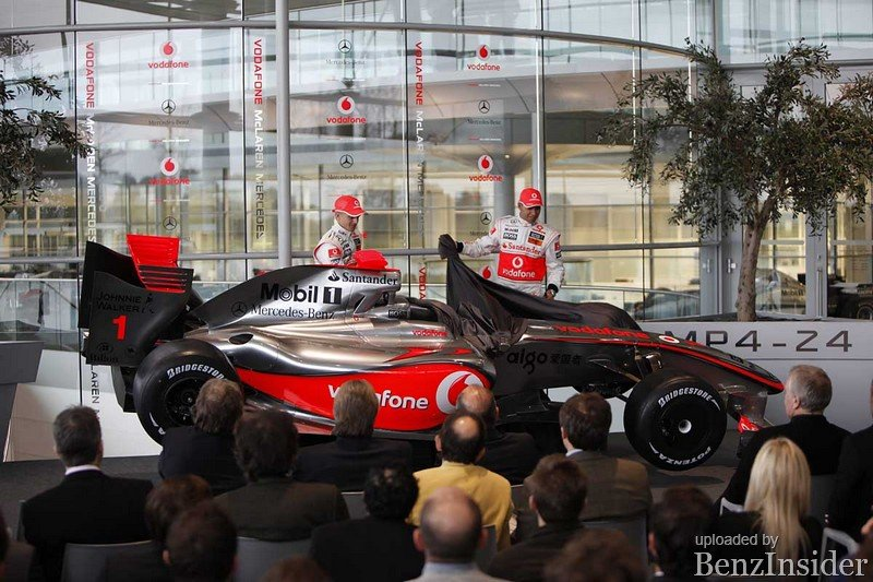 Vodafone McLaren Mercedes MP4-24_09